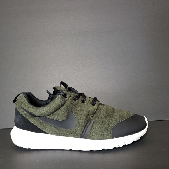 the best attitude 3a563 a95a5 Nike Roshe NM Tech Fleece Olive Green Mens 9 Shoes
